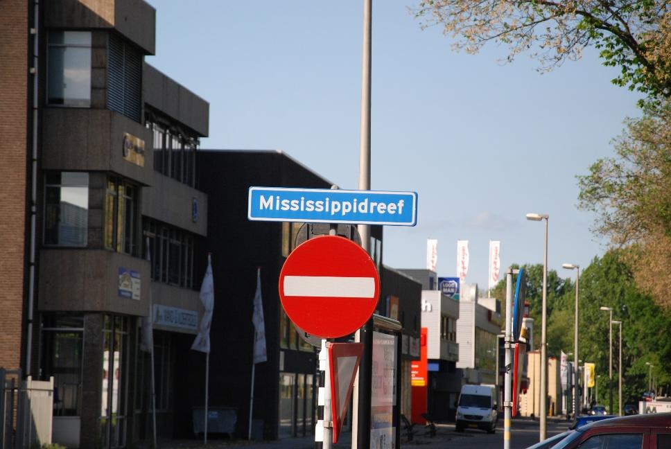 http://www.harmjschoonhoven.com/rivieren-en-dreven/borden/miss.jpg