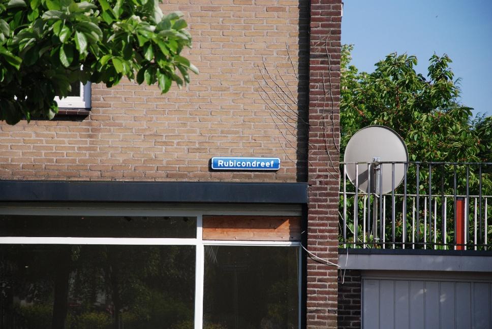 http://www.harmjschoonhoven.com/rivieren-en-dreven/borden/rubi.jpg