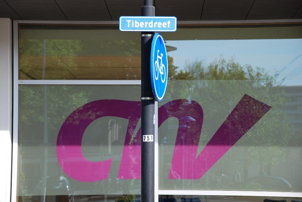 http://www.harmjschoonhoven.com/rivieren-en-dreven/borden/tibe.jpg