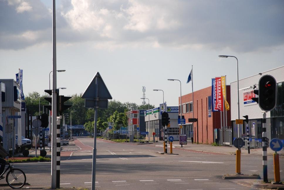 http://www.harmjschoonhoven.com/rivieren-en-dreven/dreven/miss.jpg